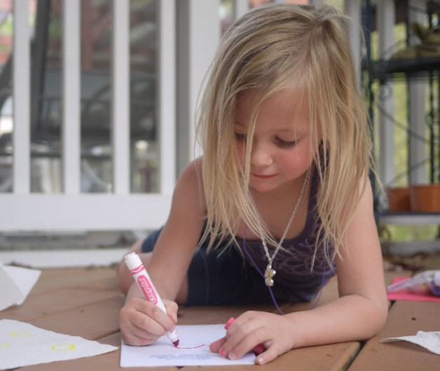 how to help a child to hold pencil properly